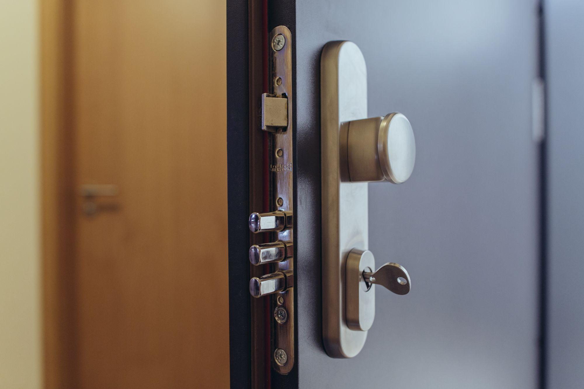 Bezpečnostní dveře do bytu cena
