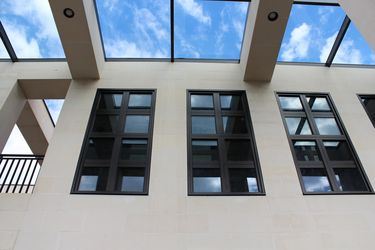 Oak windows with Zobel ANTI-HEAT